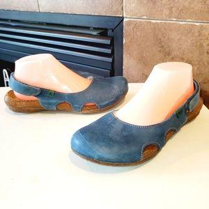 EL NATURALISTA Wakataua Slingback Leather Sandals